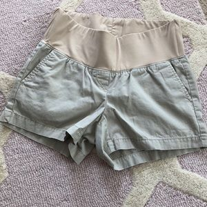 Pants - Loft maternity khaki shorts 0